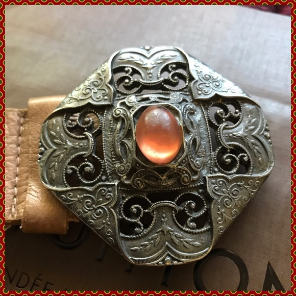 Streets Ahead Accessories - Amber Stone Lace & Leather Belt Medium
